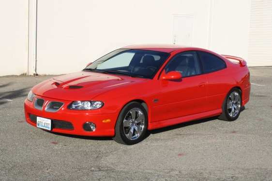 2005 GTO with the recessed grilles