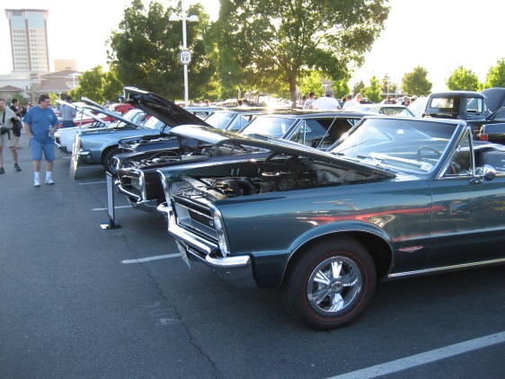 A Row of GTOs at the Thunder Valley Car Show