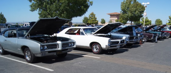 Some Nor Cal GTO Club Members' GTOs at Thunder Valley